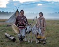 Hochzeitszeremonie der Nordvölker stockfotografie