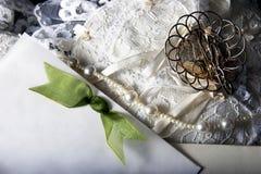 Hochzeitszubehör stockfotos