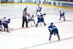 Hockey con el duende malicioso Fotos de archivo