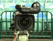 Hockey di trasmissione televisiva, cinepresa di televisione, Immagine Stock Libera da Diritti