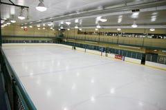 Hockey-Eisbahn Lizenzfreie Stockfotos