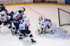 Hockey met de puck, Royalty-vrije Stock Foto