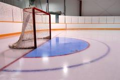 Hockey oder Ringette Netz in der Eisbahn Lizenzfreie Stockfotografie