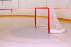 Hockey oder Ringette Netz in der Eisbahn Lizenzfreie Stockbilder