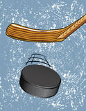 Hockey-Puck auf Eis Lizenzfreies Stockbild