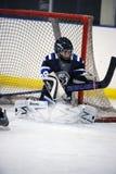 Hockey sobre hielo de la juventud Fotos de archivo libres de regalías