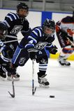 Hockey sobre hielo de la juventud Fotografía de archivo