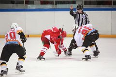 hockeymatch Royaltyfri Foto