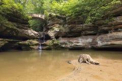 Hocking kullar, vattenfall som är härliga, Ohio, lopp arkivbild