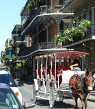 Hoek van Koninklijke en Domaine-Straat - New Orleans stock foto's