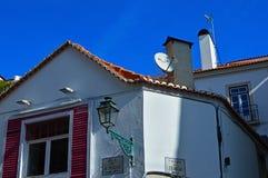 Hoekig huis in hoekrua DE O Seculo 138 en Calcada do T stock afbeeldingen