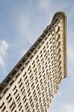 Hoekige mening bij Strijkijzer dat de Stad van New York inbouwt Royalty-vrije Stock Fotografie