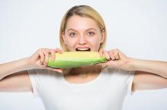 Hoeveel ik in mijn mond kan passen Graangewas vitamine en het op dieet zijn voedsel Landbouw en cultuur Gezonde tanden royalty-vrije stock afbeelding