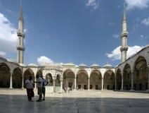 Hof der blauen Moschee lizenzfreie stockfotografie