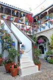 Hof eines typischen Hauses in Cordoba Lizenzfreie Stockfotos