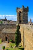 Hof von Montalcino-Festung in ` Orcia, Toskana, Italien Val d lizenzfreie stockfotos