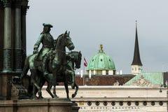 Hofburg-Palastdetail in Wien-– KhevenhÃ-¼ ller Pferdestatue Lizenzfreies Stockbild