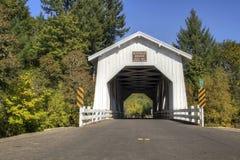 Hoffman abgedeckte Brücke Stockbild