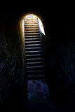 Hoffnung (Treppen aus Gefängnis/Dungeon heraus) Lizenzfreie Stockbilder