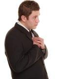 Hoffnungsloser Mann, der Verzeihen um suppliant Hilfe bittet Stockfoto