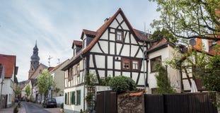 hofheim morgens taunus Dorf Deutschland lizenzfreie stockfotos