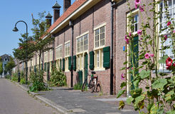 Hofje skåpbil Paauw i Delf, Nederländerna. arkivbilder