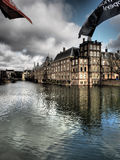 Hofvijver jezioro i Binnenhof biura Holenderscy governmen Obraz Royalty Free