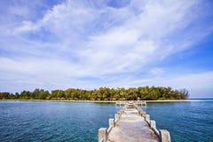 Hoga海岛, Wakatobi,印度尼西亚海景视图  库存照片