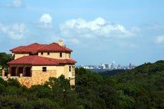 Hogar con una opinión de Austin Foto de archivo