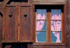 Hogar de madera tradicional Imágenes de archivo libres de regalías