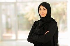 Hogar de Oriente Medio de la mujer Imagen de archivo libre de regalías