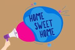 Hogar del dulce del hogar de la escritura del texto de la escritura Significado del concepto en el hombre relajado del tiempo de  stock de ilustración