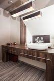 Hogar del país - cuarto de baño foto de archivo