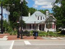 Hogar encantador en Cary, Carolina del Norte Imagenes de archivo