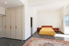 Hogar interior, dormitorio fotos de archivo