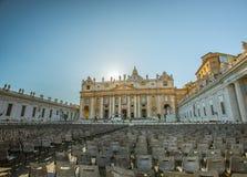 Hogar religioso - cuadrado y la basílica, Ciudad del Vaticano, Roma, Italia de St Peters Foto de archivo libre de regalías