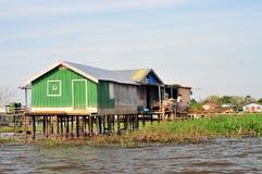 Hogar típico del Amazonas imagen de archivo libre de regalías