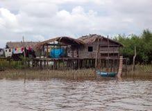 Hogar típico del Amazonas Imágenes de archivo libres de regalías