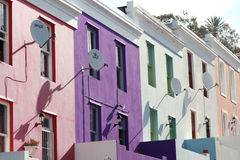 Hogares adosados históricos coloridos Fotos de archivo libres de regalías