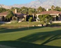 Hogares del campo de golf de Palm Spring Fotos de archivo libres de regalías