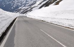 Hoge Alpiene Weg, Timmelsjoch, Oostenrijk Stock Afbeelding