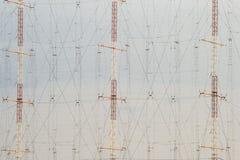 Hoge antennepolen stock afbeeldingen