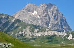 Hoge berg - Gran Sasso Royalty-vrije Stock Afbeeldingen
