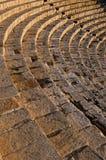 Hoge hoekmening van een roman amfitheater Royalty-vrije Stock Foto's
