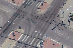 Hoge hoekmening van een straatkruising Stock Foto