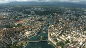 Hoge hoogte luchthyperlapse van Genève, Zwitserland stock videobeelden