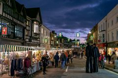 Hoge Sreet in Stratford op Avon in Kerstmistijd royalty-vrije stock afbeeldingen