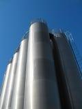 Hoge tanks zilverachtige kleur 2 Stock Fotografie