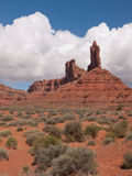 Hoge toppen in een woestijnlandschap Royalty-vrije Stock Foto's