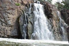 "Hogenakkal cai †""o Niagara Falls da Índia foto de stock royalty free"
